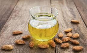 makeup-almond-oil